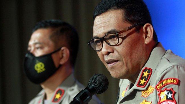 Polri Tunggu Informasi KPK soal Polemik Atribut Bendera Mirip Organisasi Terlarang HTI