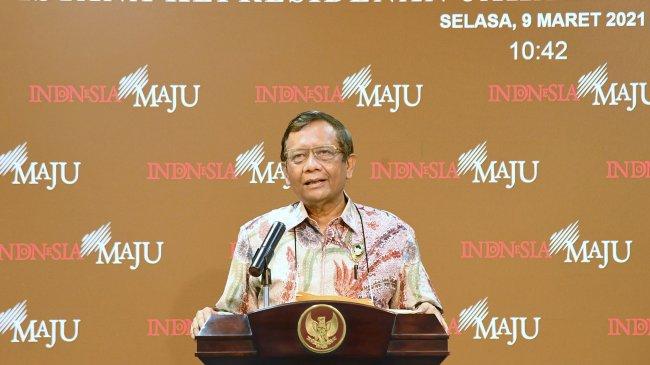 mahfud-md-jelaskan-pertemuan-presiden-jokowi-dengan-amien-rais_20210309_230313.jpg