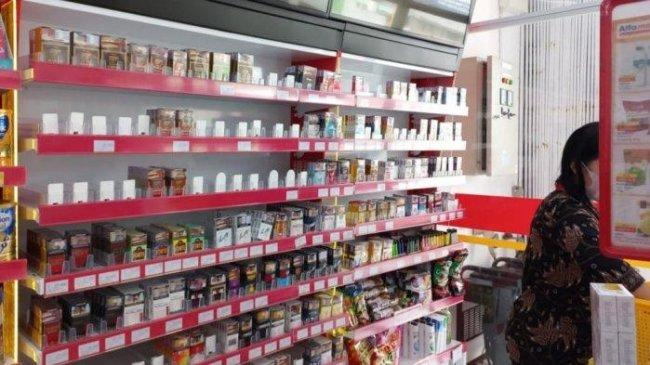 Satroni Minimarket di Bandar Lampung, Pencuri Gasak Rokok di Gudang dan Etalase, Kerugian Rp 11 Juta