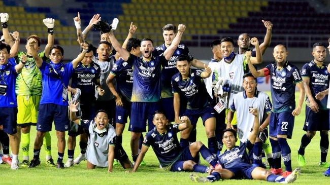 Skema Persib Bandung di Liga 1 2021, Peran Nomor 10 Marc Klok dan Taktik Robert Alberts