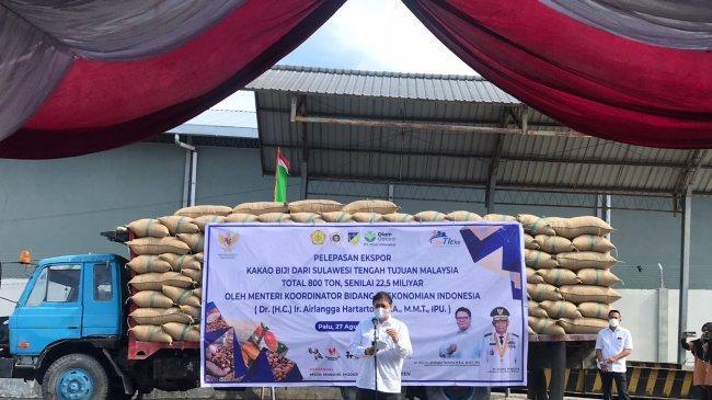 Kunjungi Sulawesi Tengah, Menko Airlangga Lepas Ekspor Kakao Biji Sebagai Komoditas Andalan Provinsi