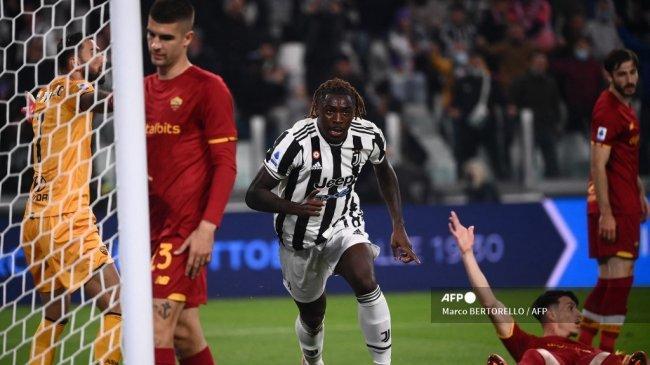Hasil Juventus vs AS Roma Babak I: Diwarnai Gagal Penalti, Bianconeri Memimpin Berkat Gol Unik Kean