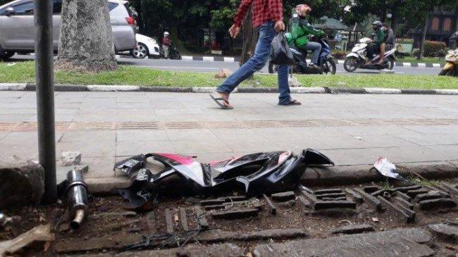 Motor Sport Kecelakaan di Bogor, Pengendara Terseret, Potongan Body Motor Berserakan di Trotoar