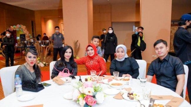 Tak Mau Kalah dari Elly Sugigi, Niatulhusna Rayakan Ulang Tahun di Hotel Mewah