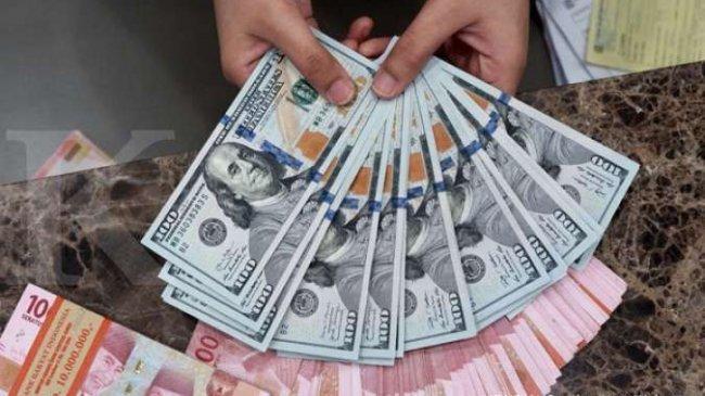 Kembali Melemah, Rupiah Berada di Level Rp 14.423 per Dolar AS, Berikut Kurs di 5 Bank