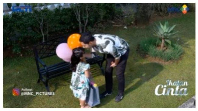 Sinopsis Ikatan Cinta 26 Agustus 2021: Reyna Mimpi Tentang Nino, Dapat Pesan dan Pergi Tinggalkannya
