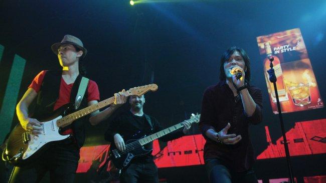 Chord Gitar dan Lirik Lagu Once - Kucinta Kau Apa Adanya (Aku Mau): Kau Boleh Acuhkan Diriku