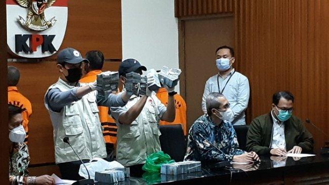 Kasus Suap di HSU Kalsel, KPK Periksa 13 Saksi di Markas Brimob Tabalong