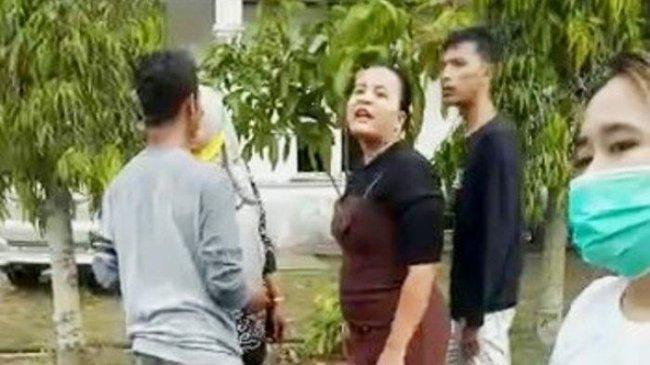 Viral Video Pemilik Arisan Online di Labuanbatu Diamuk Anggotanya