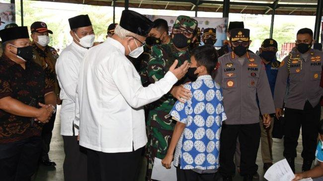Panglima TNI Tinjau Sentra Vaksinasi Unika Atma Jaya dan Ponpes Minhaajurrosyidiin Lubang Buaya