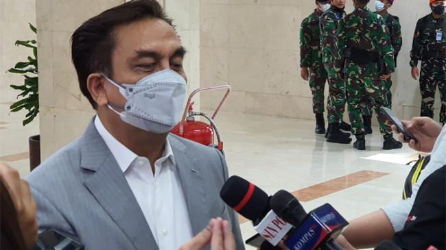 Sebut Jenderal Andika Berpeluang Jadi Panglima TNI, Dukungan Effendi Simbolon Mewakili Siapa?