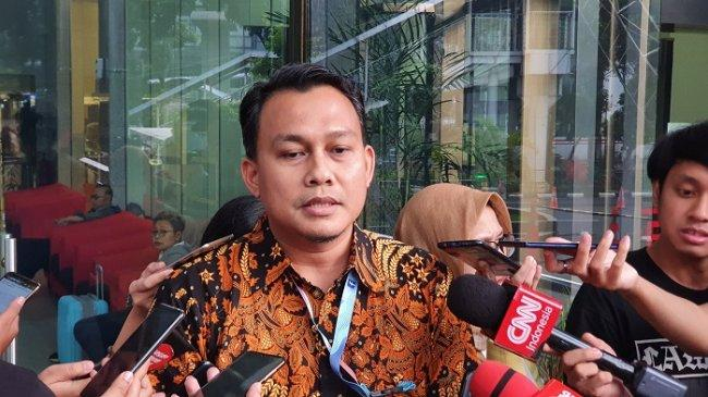 Kasus Korupsi Pengadaan Tanah SMKN 7 Tangsel, KPK Periksa PNS Disdikbud Banten