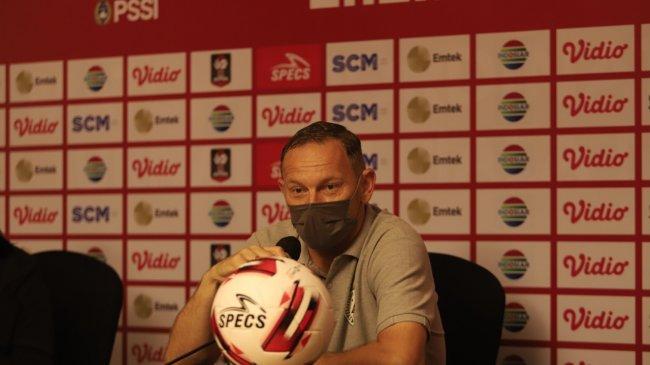 Kalah Dari Madura United, Pelatih PSS Sleman Dejan Antonic Akui Kecewa dan Bingung