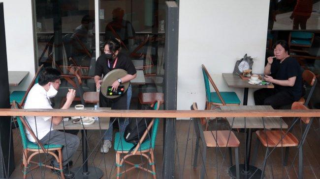 PPKM Jawa-Bali Diperpanjang, Waktu Makan di Tempat Tambah Jadi 60 Menit, Berlaku Mulai 7 September