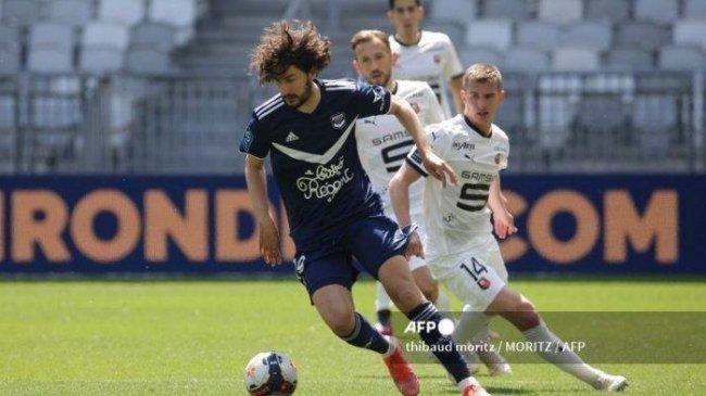 Berita AC Milan: Kuat, Bertalenta, Serba-Bisa, Yacine Adli Pemain Ideal Pengganti Franck Kessie