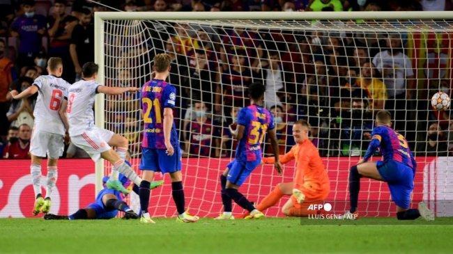 Alasan Conte Lebih Tepat Tangani Barcelona ketimbang MU: Faktor Keterpurukan, DNA Juara & Catenaccio