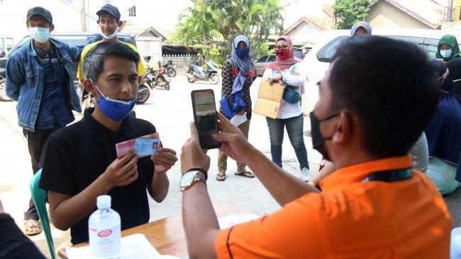 Penyaluran Bantuan Sosial Tunai Lewat Pos Indonesia Capai 94,64 Persen
