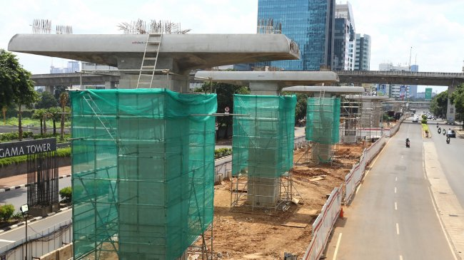 Jakpro Investigasi Konstruksi Beton LRT yang Ambruk