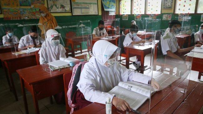 3.039 Sekolah di Jakarta Sudah Menggelar Pertemuan Tatap Muka