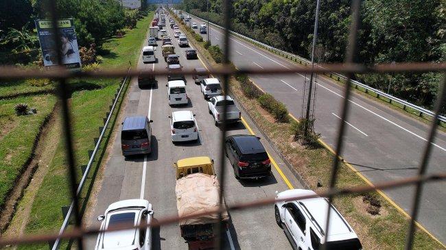 Volume Transaksi Jalan Tol Selama 2020 Tembus Rp 22 Triliun