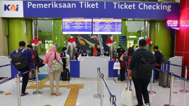 KAI Integrasikan Sistem Boarding Ticket dengan Aplikasi PeduliLindugi