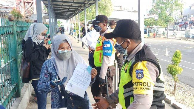 PT KAI Perketat Syarat Perjalanan Selama PPKM Darurat dan Masa Libur Idul Adha