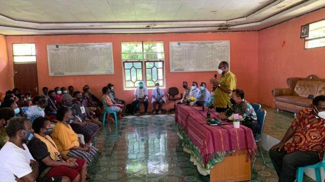Kodam XVIII Kasuari Imbau Pengungsi Distrik Aifat Maybrat Kembali Ke Rumah Masing-Masing