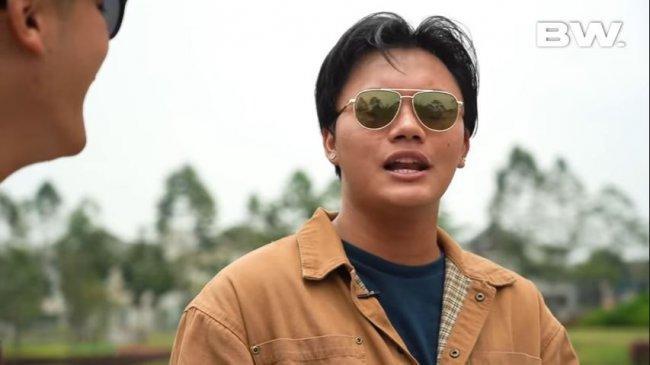 Chord Gitar dan Lirik Lagu Merelakan - Rizky Febian, Soundtrack Film Kata