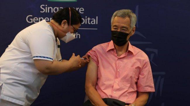 PM Singapura Lee Hsien Loong Telah Terima Suntikan Vaksin Booster Covid-19