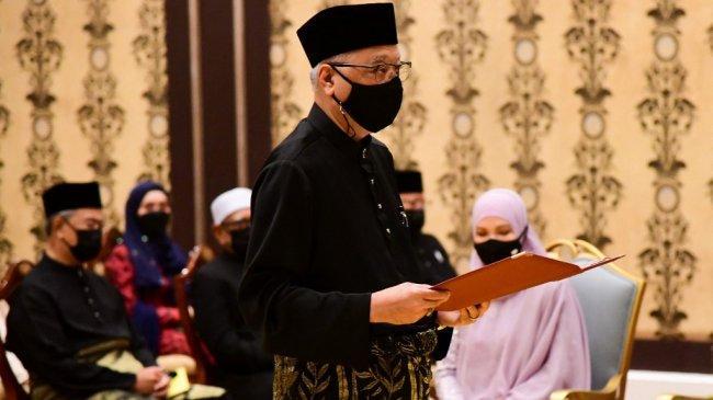 Malaysia Sambut Perdana Menteri Baru, yang Ketiga dalam 3 Tahun Terakhir