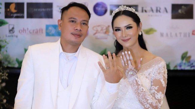 Kalina Ocktaranny Menangis Vicky Prasetyo Dituntut 8 Bulan Penjara: Suami Saya Tidak Bersalah