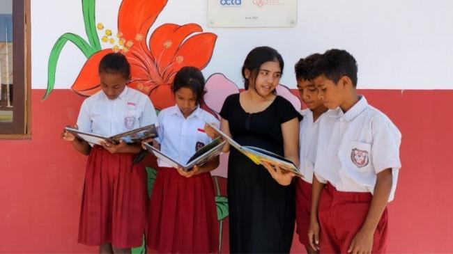 Perpustakaan untuk Mendukung Pembelajaran Anak-anak SD di Nusa Tenggara Timur