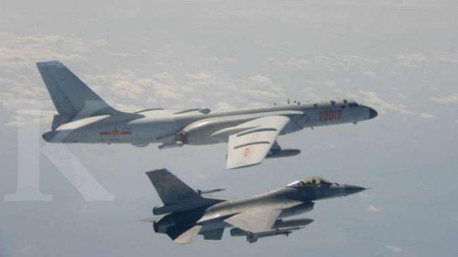 China Mengirim 56 Pesawat Tempur ke Zona Pertahanan Taiwan, Analis: Pertempuran Tak Mungkin Terjadi
