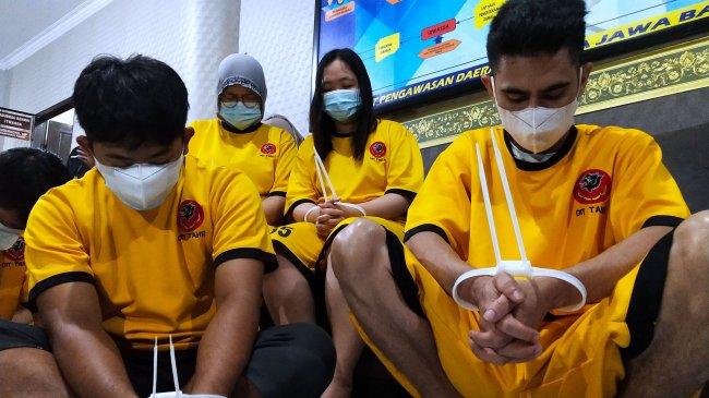 Jerat Nasabah, Perusahaan Pinjol Ilegal Ada yang Bekerjasama dengan Pinjaman Online Legal