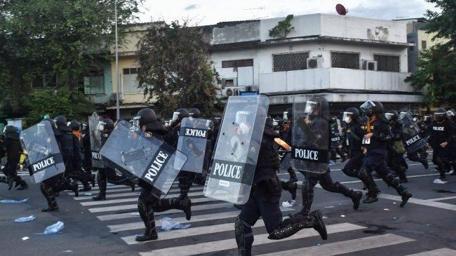 Ribuan Orang Berunjuk Rasa Di Bangkok Tuntut PM Thailand Prayut Chan-o-cha Mengundurkan Diri