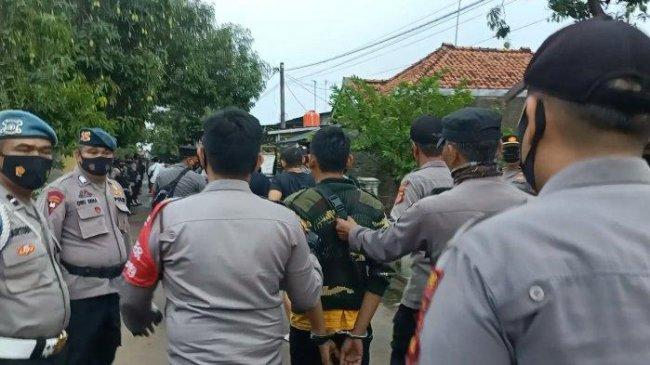 Ada Anggota DPRD Indramayu di Antara Warga yang Ditangkap Terkait Bentrokan Berdarah di Kebun Tebu