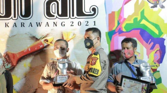 Polres Karawang Bersama Komunitas Muralis Gelar Festival Mural Goyang Karawang 2021