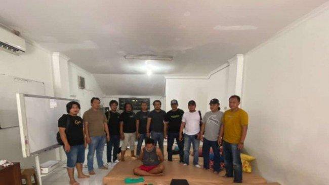Pelaku Pencurian Uang Rp 120 Juta dan Emas Senilai Rp 500 Juta Ditangkap di Semarang