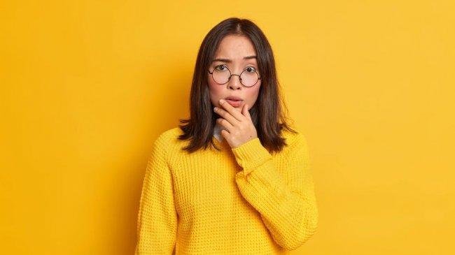 portrait-worried-surprised-asian-20210624024115.jpg