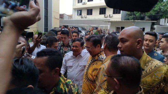 Pengamat LIPI: Potensi Airlangga Maupun Prabowo Bisa Dinominasikan Sebagai Capres