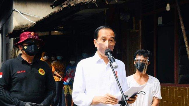 Jokowi: Di Kampus Dididik Kebangsaan Tapi di Luar Kampus Ada yang Didik Jadi Radikalis, Untuk Apa?