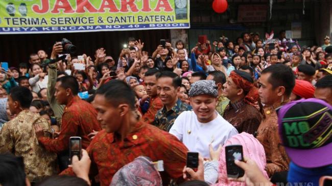 Insiden Sepatu Presiden Jokowi Terinjak di Cap Go Meh Kota Bogor Tahun Lalu