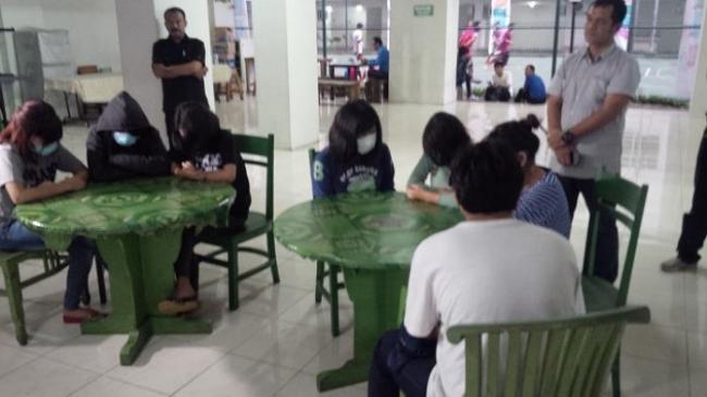 'Cabe-cabean' Kalibata City Digaji Rp 15 Juta per Bulan Untuk Tidur dengan Lelaki Hidung Belang