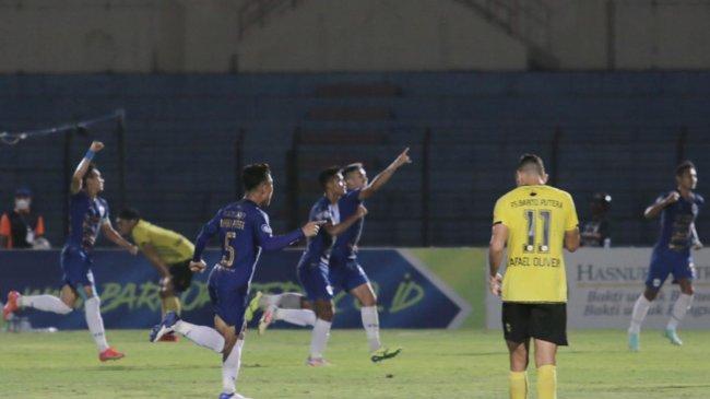 Klasemen BRI Liga 1 Hari Ini - PSIS Nyaman di Puncak Singgasana, Asa Persib Geser Bhayangkara FC