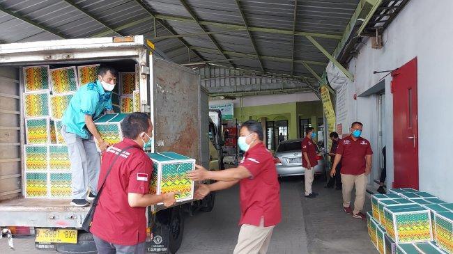 Bantuan Paket Nutrisi dan Sembako untuk Tenaga Kesehatan