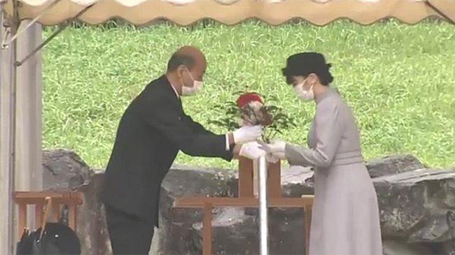 Jelang Pernikahan, Putri Mako Keponakan Kaisar Jepang Kunjungi Mausoleum Kaisar Showa di Hachioji