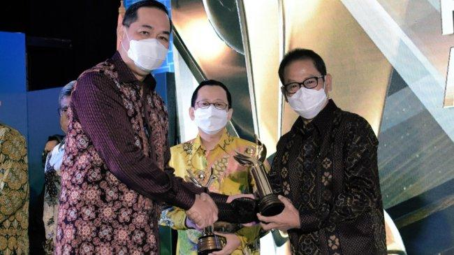 Kontribusi Ekspor Meningkat, Pupuk Kaltim Raih Penghargaan Primaniyarta 2021