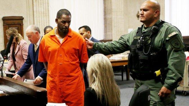 Penyanyi R&B, R Kelly Dinyatakan Bersalah dalam Kasus Pelecehan Seksual dan Pemerasan