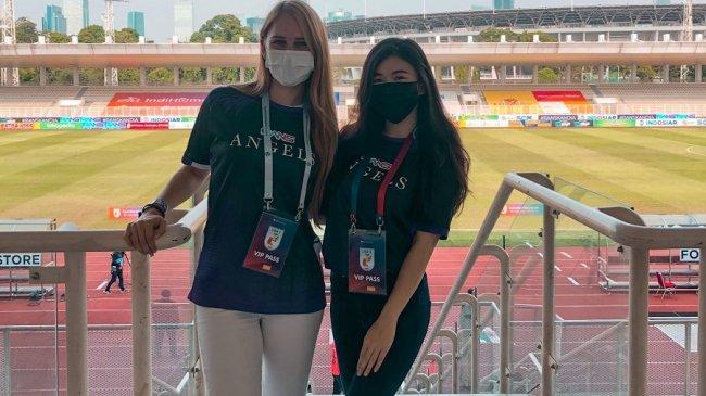 Wanita Rans Angels Ini Semangati Rans Cilegon FC yang Berkompetisi di Liga 2 2021