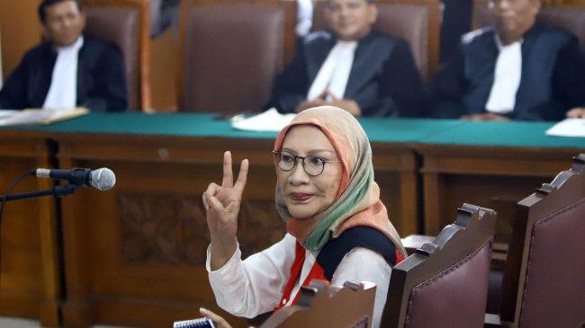 Penangguhan Penahanan Ratna Sarumpaet Ditolak Hakim, Kuasa Hukum Hingga Atiqah Hasiholan Bereaksi